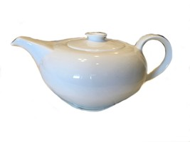 Wedgwood Eternity English Bone China Tea Pot Teapot White Modern 499 6 Cups - $123.75