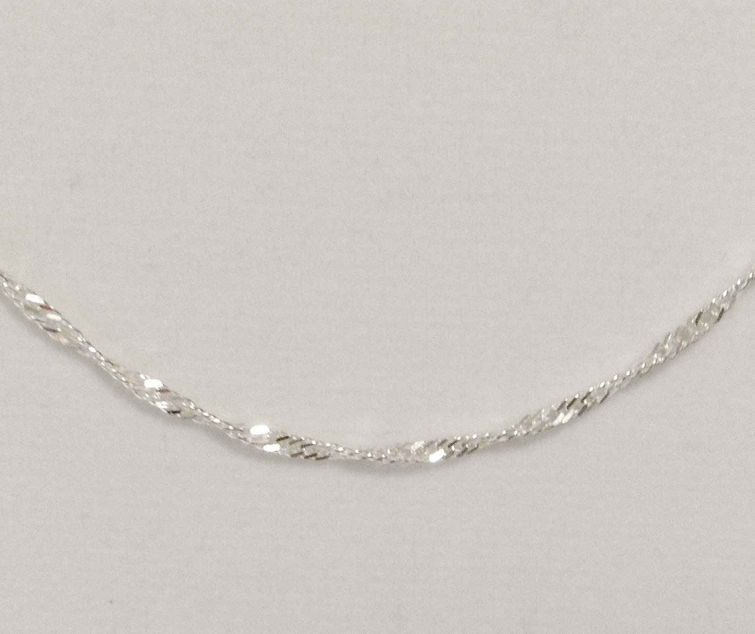 .925 Sterling Silver 28 Inch  Twisted Singapore Chain NEW