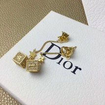 Authentic Christian Dior 2019 DIOR LUCKY SQUARE EARRINGS CRYSTAL DANGLE DROP image 2