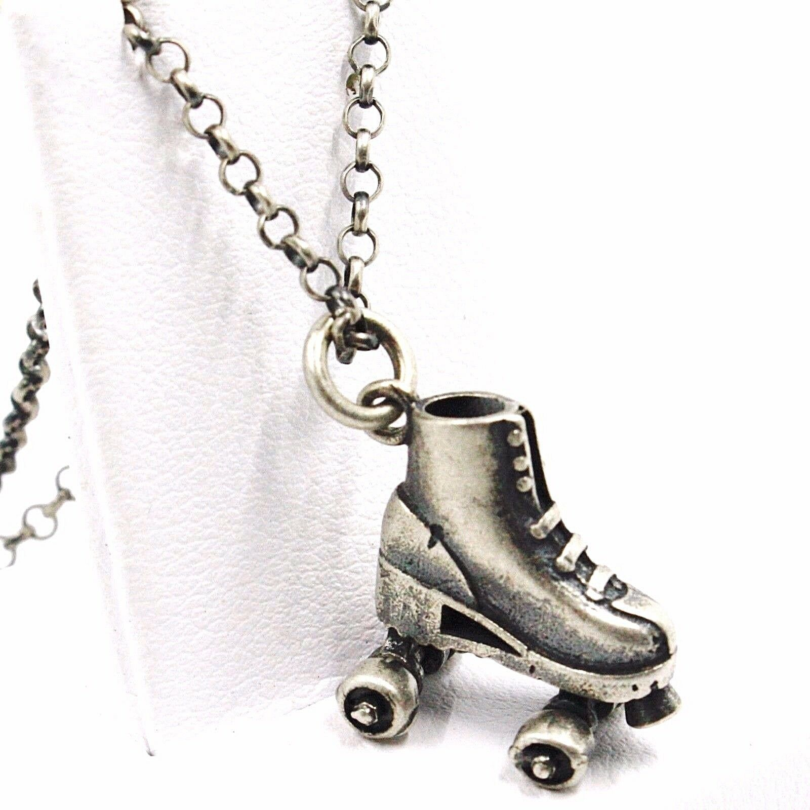 Necklace and Pendant, Silver 925, Burnished Satin, Skate to Castors, Chain