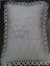 Naturally Candlewicking Kit Pillow Covers Lot of 2 Embroidery Sew Sealed... - $8.85
