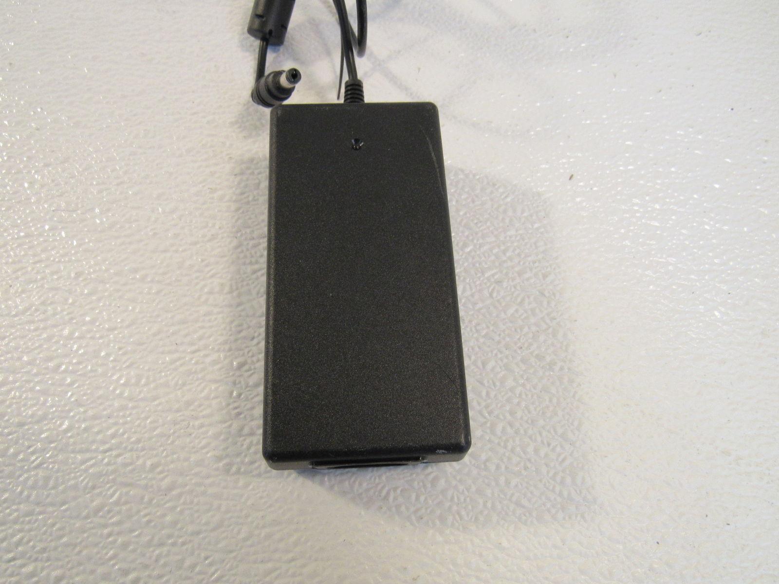 Li Shin AC Power Adapter Black Input 100 to 240V Output 12V 4.0A 0217B1248