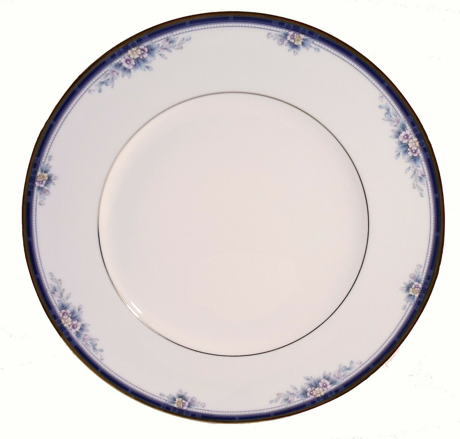 Noritake Ontario 3763 Fine China Dinner Plate - Excellent condition - $7.28