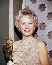Barbara Stanwyck 16x20 Poster Holding Golden Globe Award Tv's Big Valley - $19.99