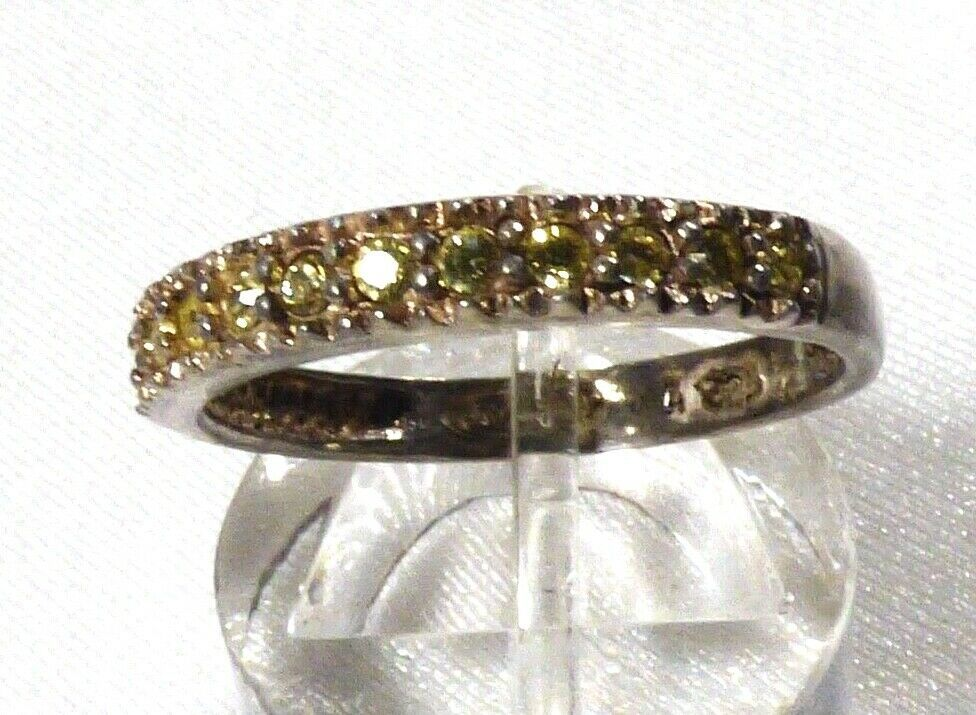 AVON STERLING SILVER 925 PERIDOT BAND RING SIZE 7.5 image 1