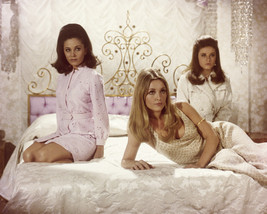 Sharon Tate And Patty Duke And Barbara Parkins In Valley Of The Dolls Se... - $69.99