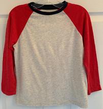 BOYS OLD NAVY SZ S 6-7 Gray, Red & Blue Long Sleeve T-shirt Shirt Top EUC - $4.94