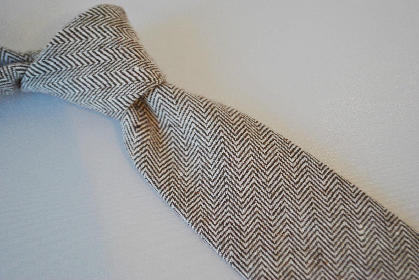 Frederick Thomas skinny mens wool tweed tie in brown herringbone FT2076