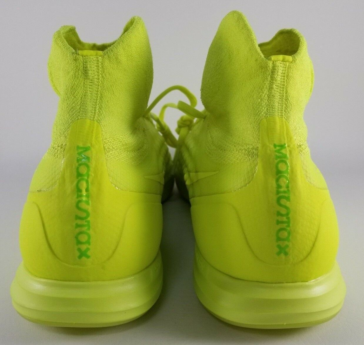 Nike MagistaX Proximo II 2 IC Indoor Soccer Shoes Size 11 Mens Cleat Volt Yellow