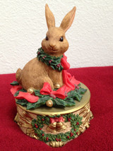 LIMITED EDITION HERITAGE HOUSE HOLIDAY PLAYMATES BUNNY MUSIC BOX - Video... - $19.79