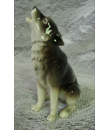 """Vintage Porcelain HOWLING WOLF Figurine - Made in China - 4-1/2"""" tall - $6.00"""