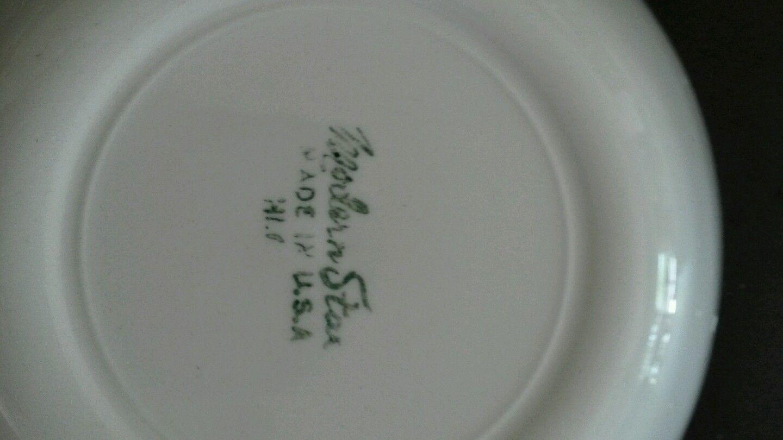 Homer Laughlin Modern Star 5.25 Inch Berry Bowl Mid Century Atomic
