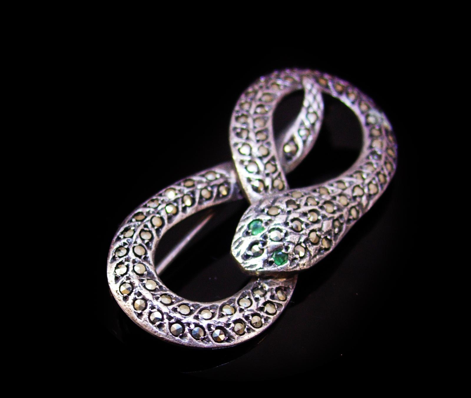 Exotic sterling  Snake brooch - Brilliant marcasites - Vintage serpent Figural C
