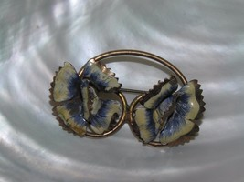 Vintage Copper or Brass Looped Wire with Cream & Blue Painted Flowers Pi... - $8.59