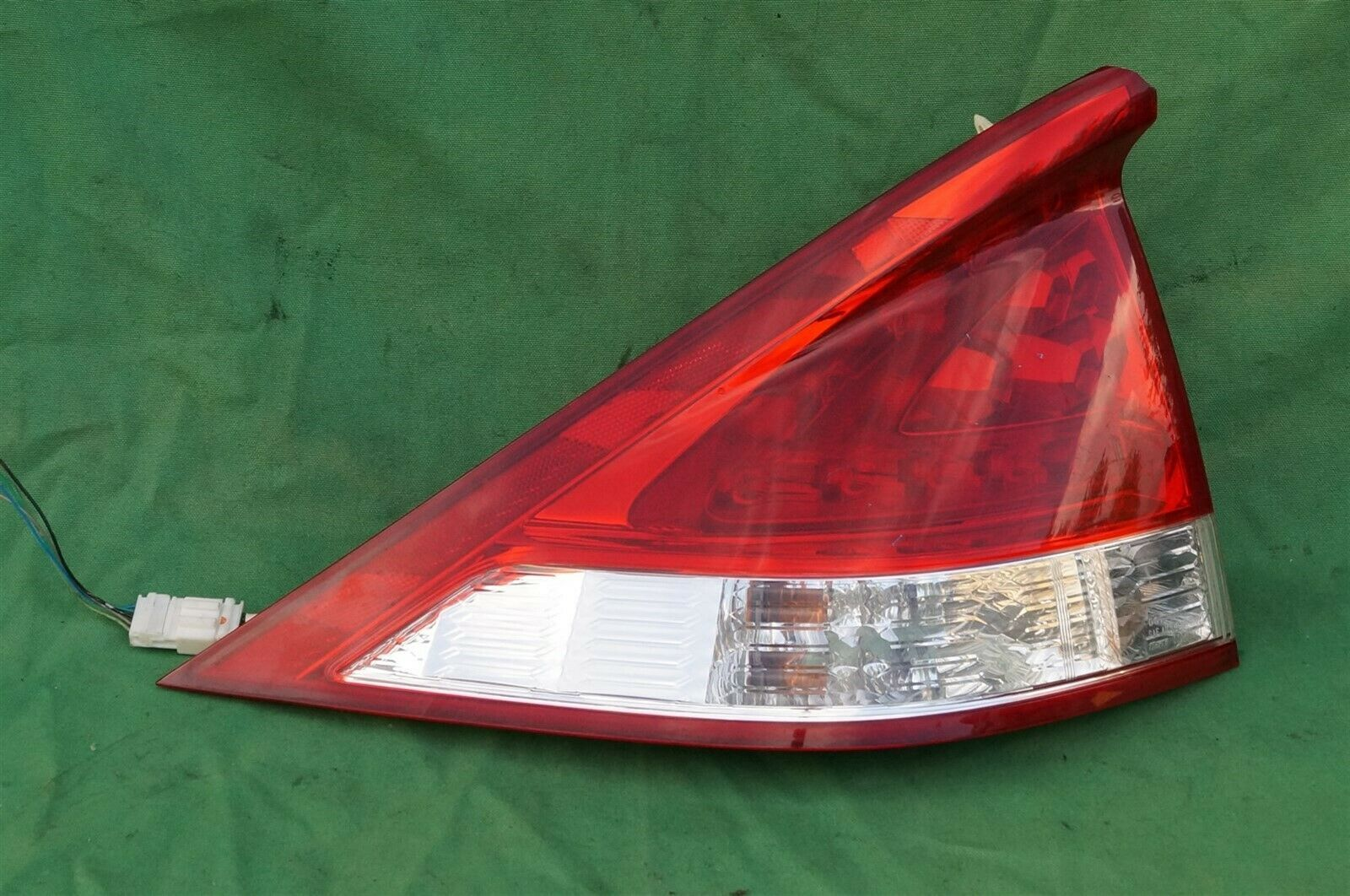 10-11 Honda Insight LED Tail Light Taillight Driver Left Side - LH