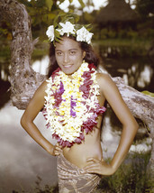 Tarita in Mutiny on the Bounty Exotic pin up pose wearing lei flowers 16x20 Canv - $69.99