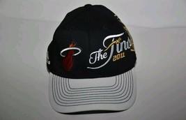 2011 NBA The Finals Miami Heat Hat Black  White Adidas Snapback Locker Room - $13.85