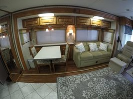 2006 Holiday Rambler Endeavor 40PDQ For Sale In Benton, AR 72019 image 6
