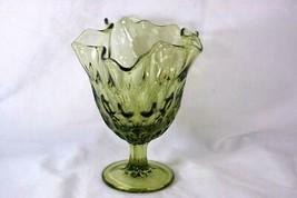 "Viking Glass Hankerchief Thumbprint Green Vase 6 1/2"" - $11.08"