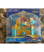 Disney Aladdin And Jasmine A Whole New World Musical Jewelry Box w/Ring  - $29.69