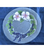 """PEGGY KARR Fused Glass PANSY and GREEN LEAF WREATH 11"""" Plate Signed RETIRED - $34.95"""