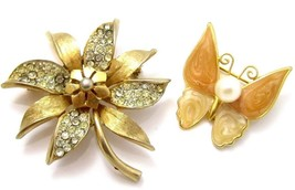 Peach Enamel Butterfly & Rhinestone Flower Vintage Gold Toned Jewelry Pi... - $17.81