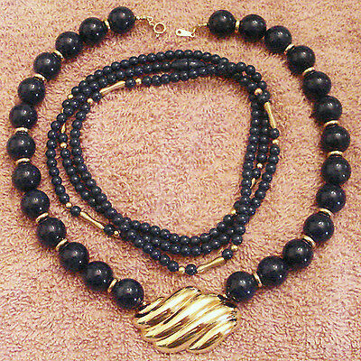 Choker Navy Blue Beads Avon Blue Bead Choker with Chunky Gold Swirl Pendant