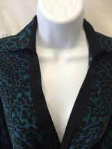 DVF DIANE VON FURSTENBERG Silk Blouse Authentic Berriti Crossover Women's Size 2 image 3
