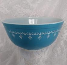 Pyrex Bowl, Snowflake Blue Pattern, Medium Size, Model 403 - $8.00