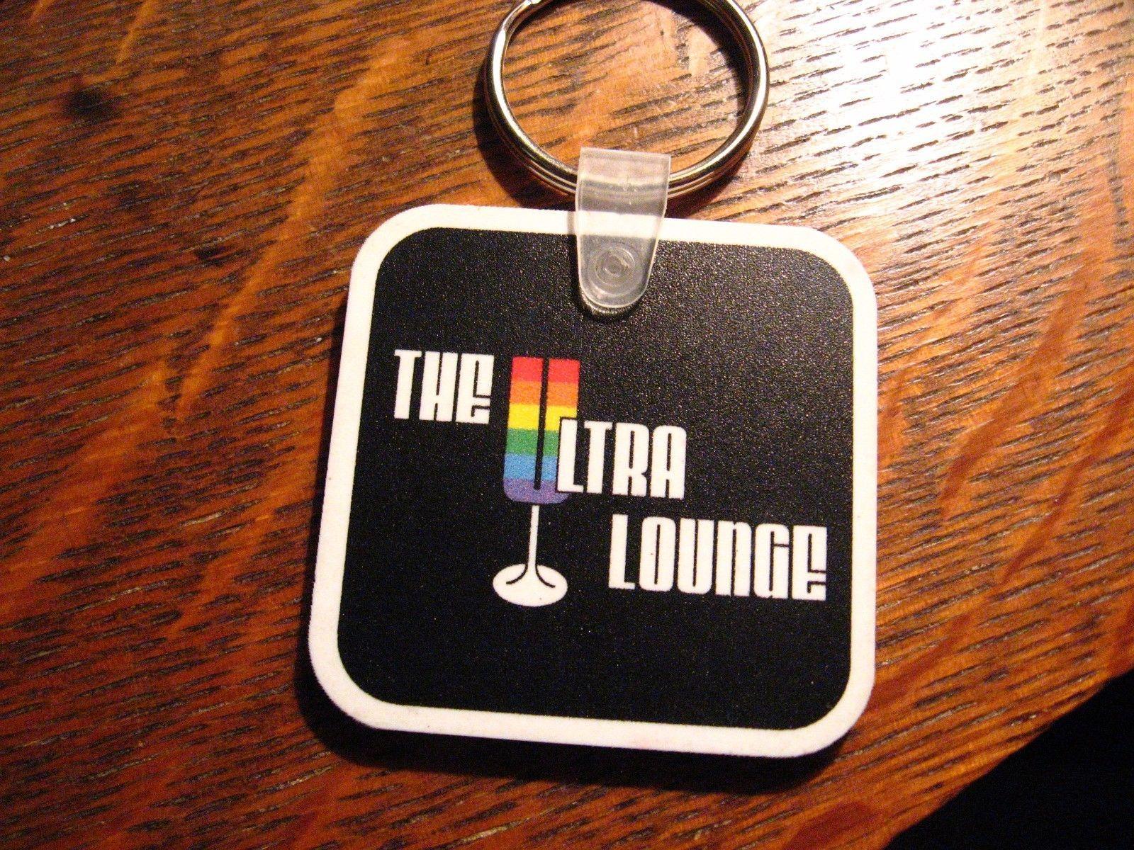 Muy Lounge Kechain - Coco Aldea Florida Gay Barra Orgullo Lgbt Queer Llavero