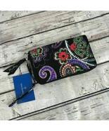 NWT Vera Bradley RFID Grab & Go Wristlet Kiev Paisley - $26.18