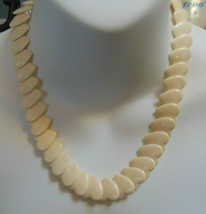Vintage Cream Color Plastic Heart Necklace - $22.77