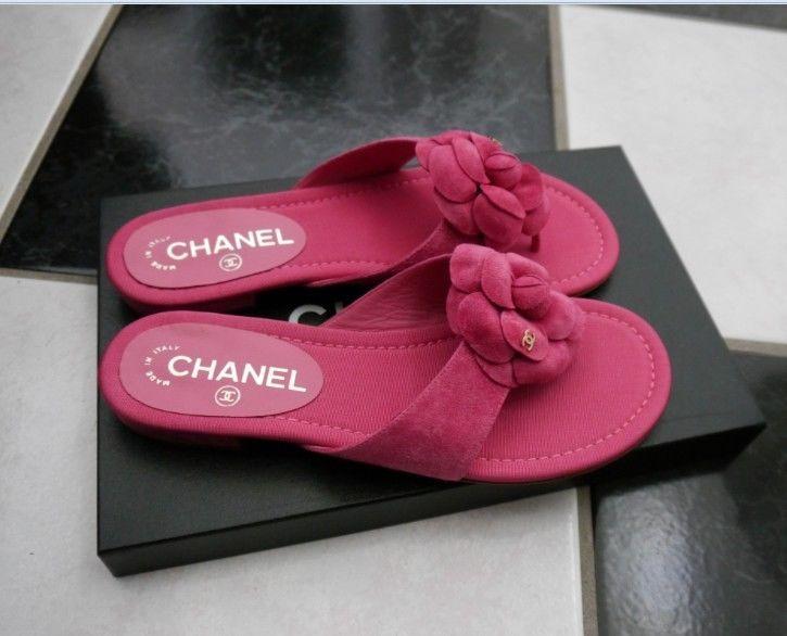 NIB 100% AUTH CHANEL 16C G31486 Pink Camellia Flower Flat Thong Sandals $775