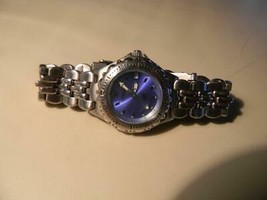 Women's Fossil Blue Quartz Watch AM 3547 - Not Running - $9.74