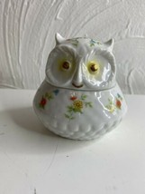 Vintage Lefton China Hand Painted Owl Trinket Box Flowers Daisies Gold Accents - $16.82