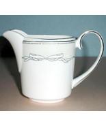 Vera Wang Love Knots Creamer Made in England by Wedgwood Bow Motif New - $47.00