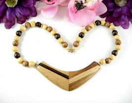 Vintage WOODEN BEAD And Shades Brown Lines of V Front Piece NECKLACE Woo... - $14.99
