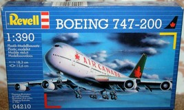 Revell   BOEING 747-200  1:390 Scale  SEALED  Level 3  Airplane Model - $12.99