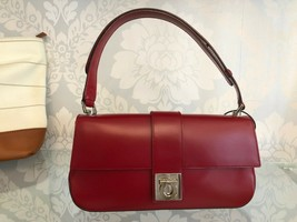 SALVATORE FERRAGAMO Red Leather Adjustable Top Handle Shoulder/Handbag $590 - $444.41