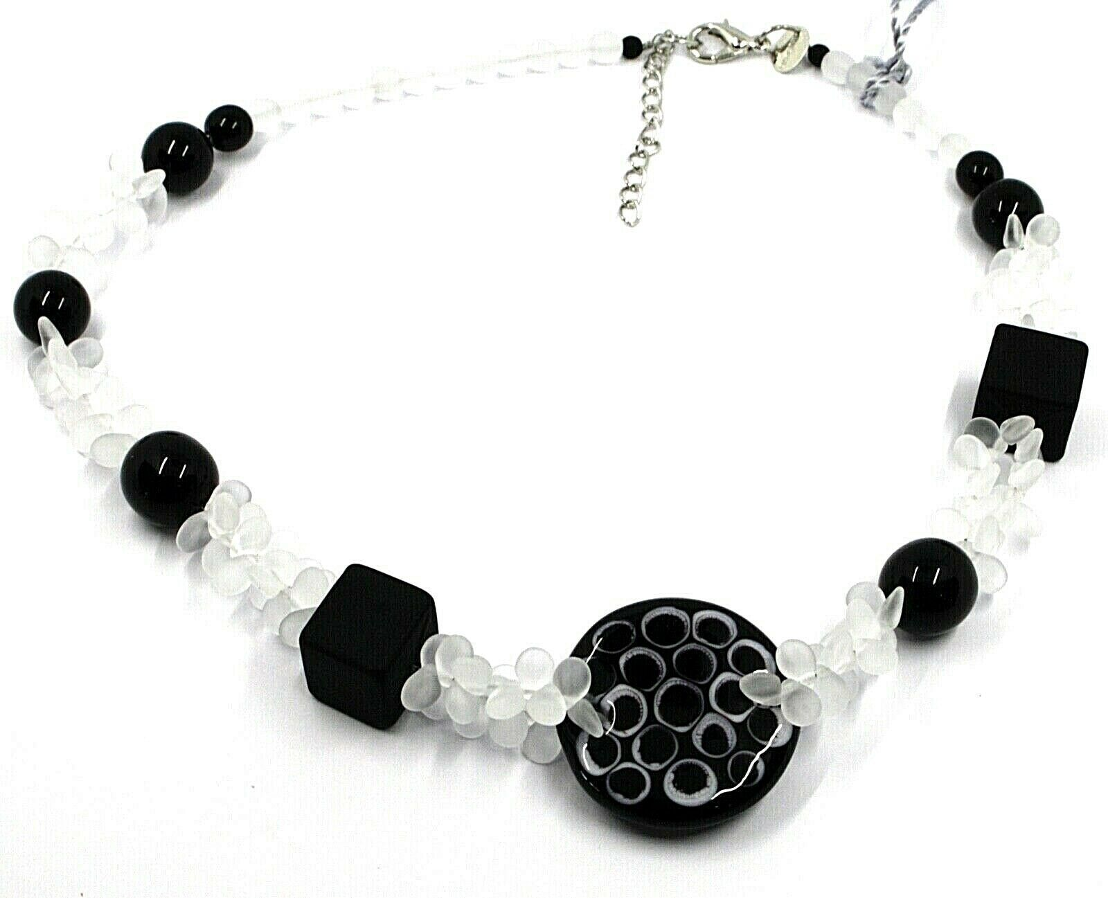 NECKLACE WHITE BLACK MURANO GLASS BUNCH OF PETAL DROPS SQUARE DISC MADE IN ITALY