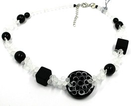 NECKLACE WHITE BLACK MURANO GLASS BUNCH OF PETAL DROPS SQUARE DISC MADE IN ITALY image 1