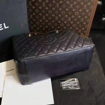100% AUTHENTIC CHANEL CAVIAR GST GRAND SHOPPING TOTE BAG BLACK GHW image 5