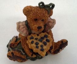 boyds bearstone collections figurine Bailey the baker with sweetie pie - $12.17