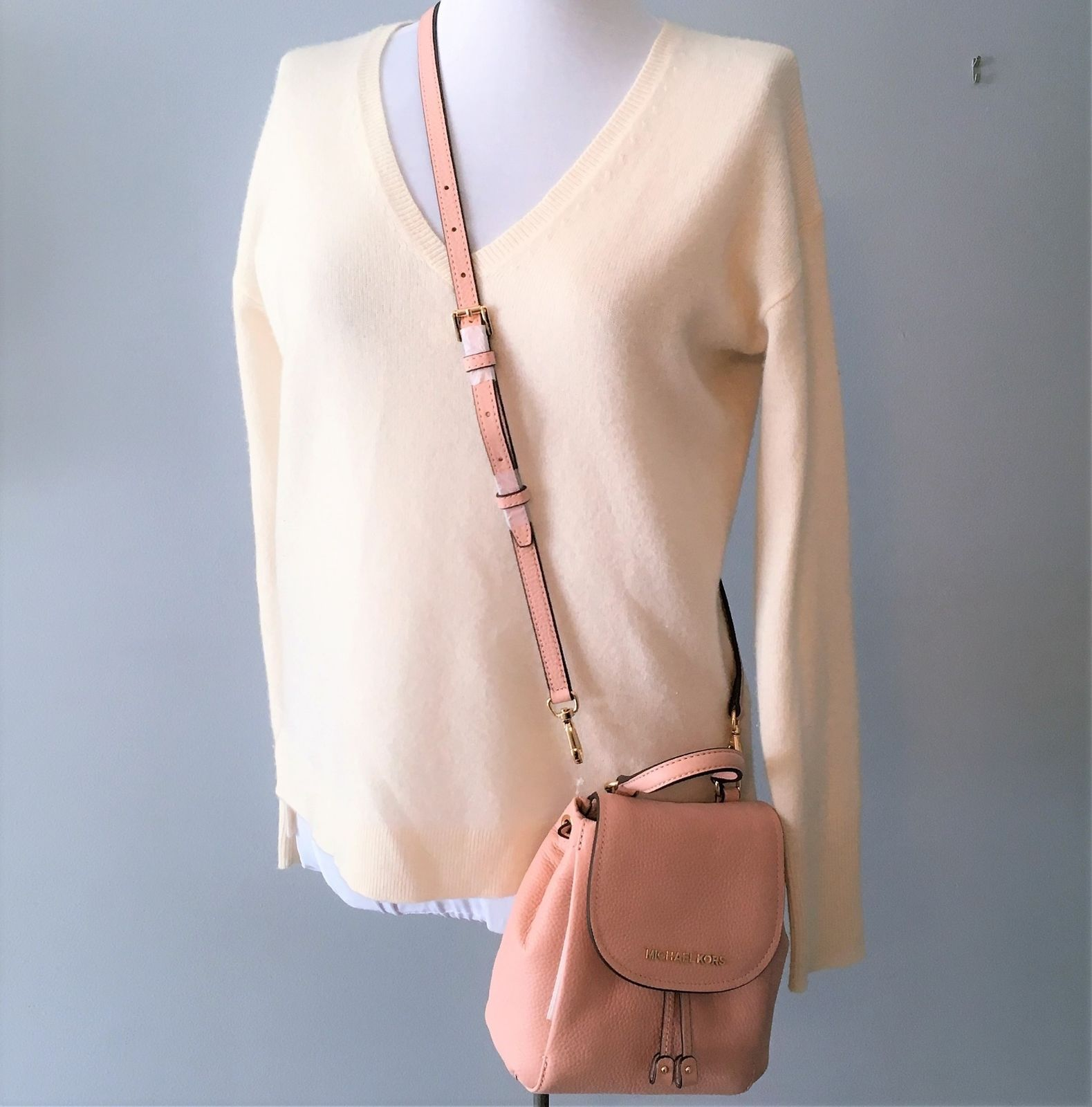 993ba8d6ad17 Michael Kors Riley small Leather flap Backpack crossbody NWT