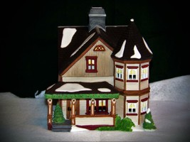 Dept 56 New England Village Series: Thomas T. Julian House-MIB - $19.11