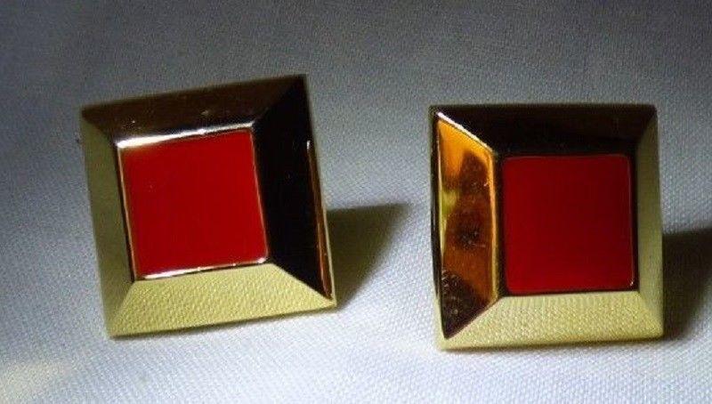 Pair NAPIER 1965 Screw Back Clip on Earrings Goldtone & Red Diamond Shape image 2