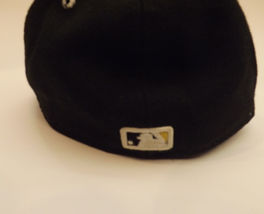 NY Yankees 59Fifty New Era Fitted Cap Hat Size 7 1/4 7.25 Black Gold Yellow image 3