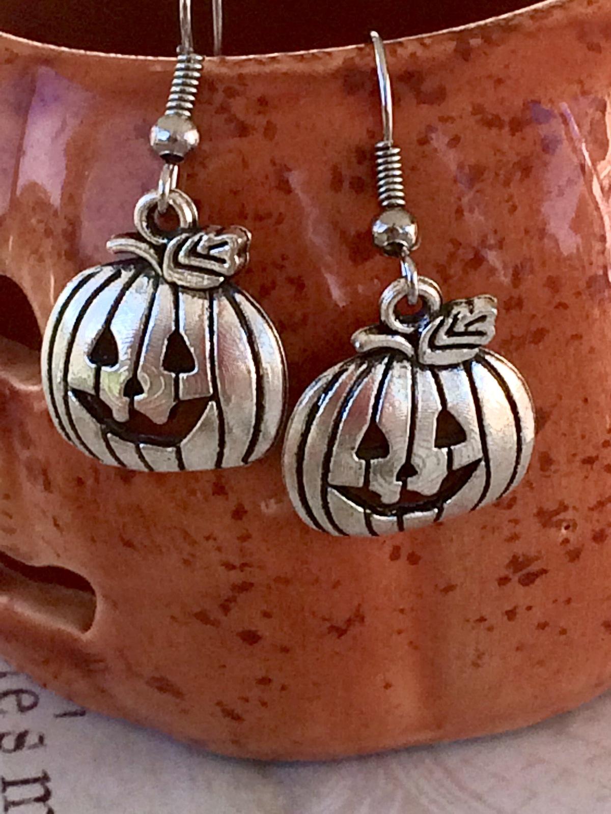 Halloween Jack o Lantern Pumpkin Tibetan Silver Dangle Earrings