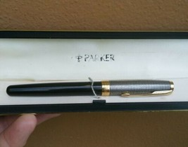 Parker Sonnet Sterling Silver Cisele Black Fountain Pen 18K Gold Nib w Box - $71.25