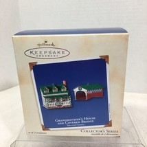 2002 Town and Country #4 House Hallmark Christmas Tree Ornament MIB Price Tag H5 - $18.32